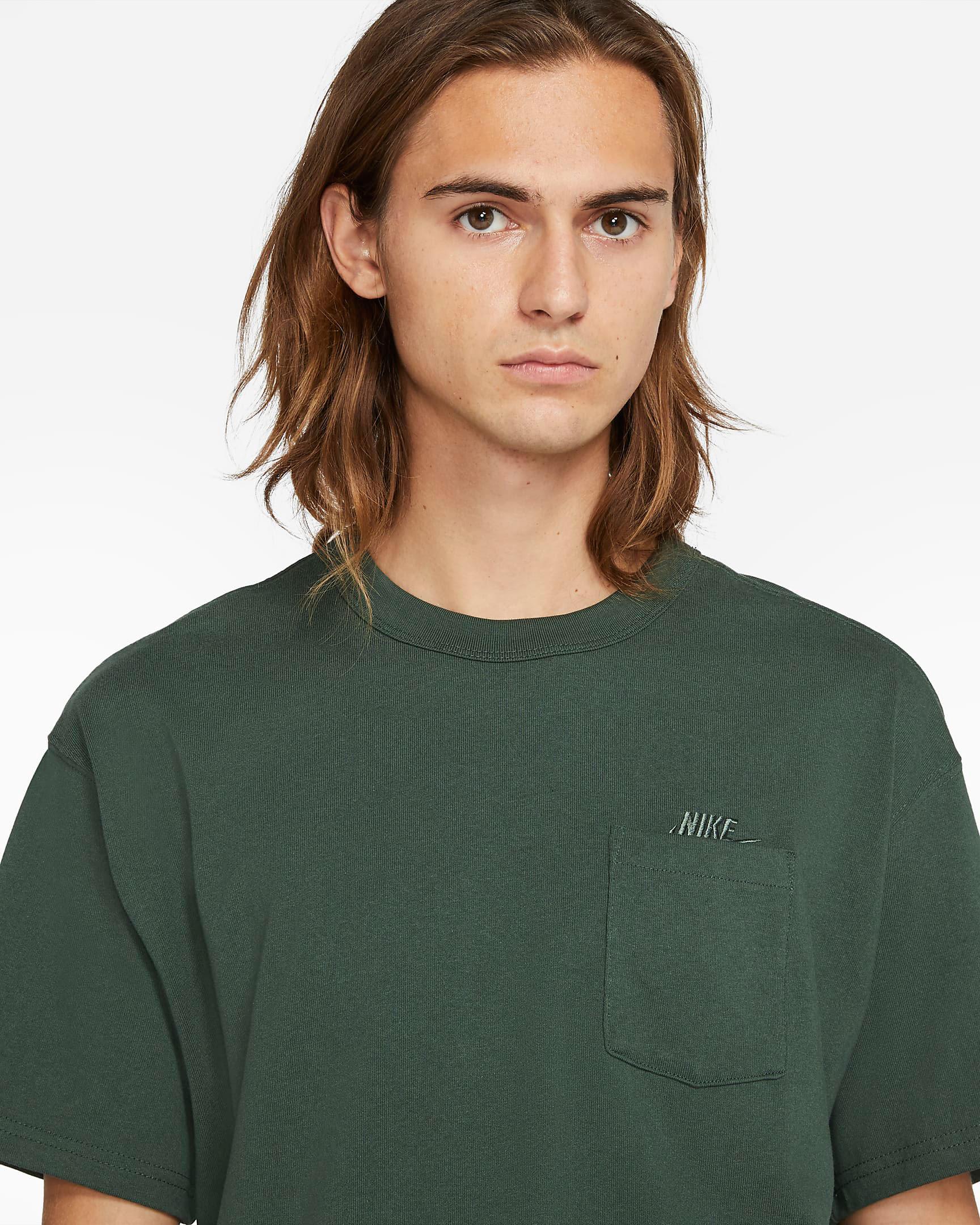 nike-galactic-jade-pocket-t-shirt-2