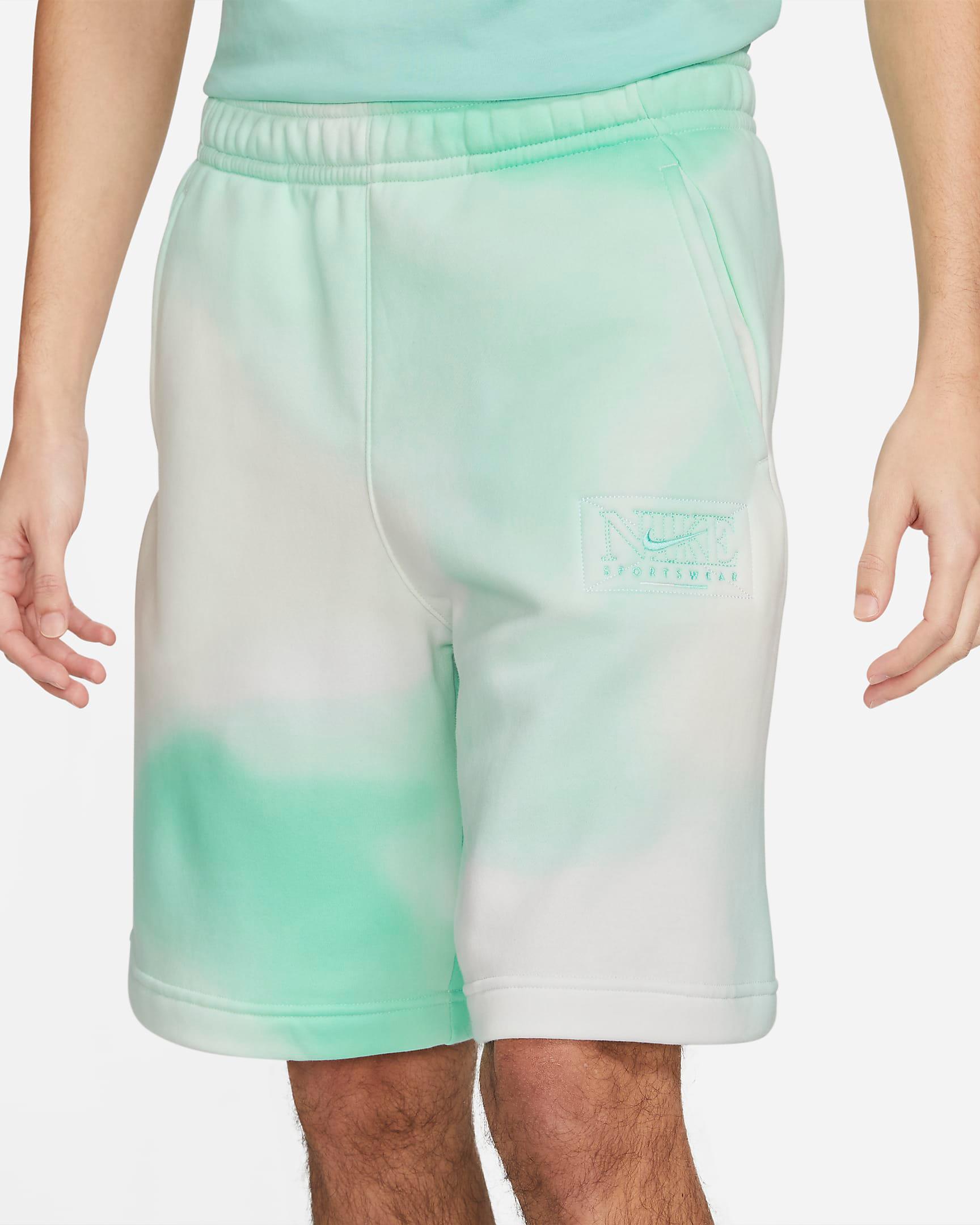nike-sportswear-club-fleece-tropical-twist-printed-shorts-1