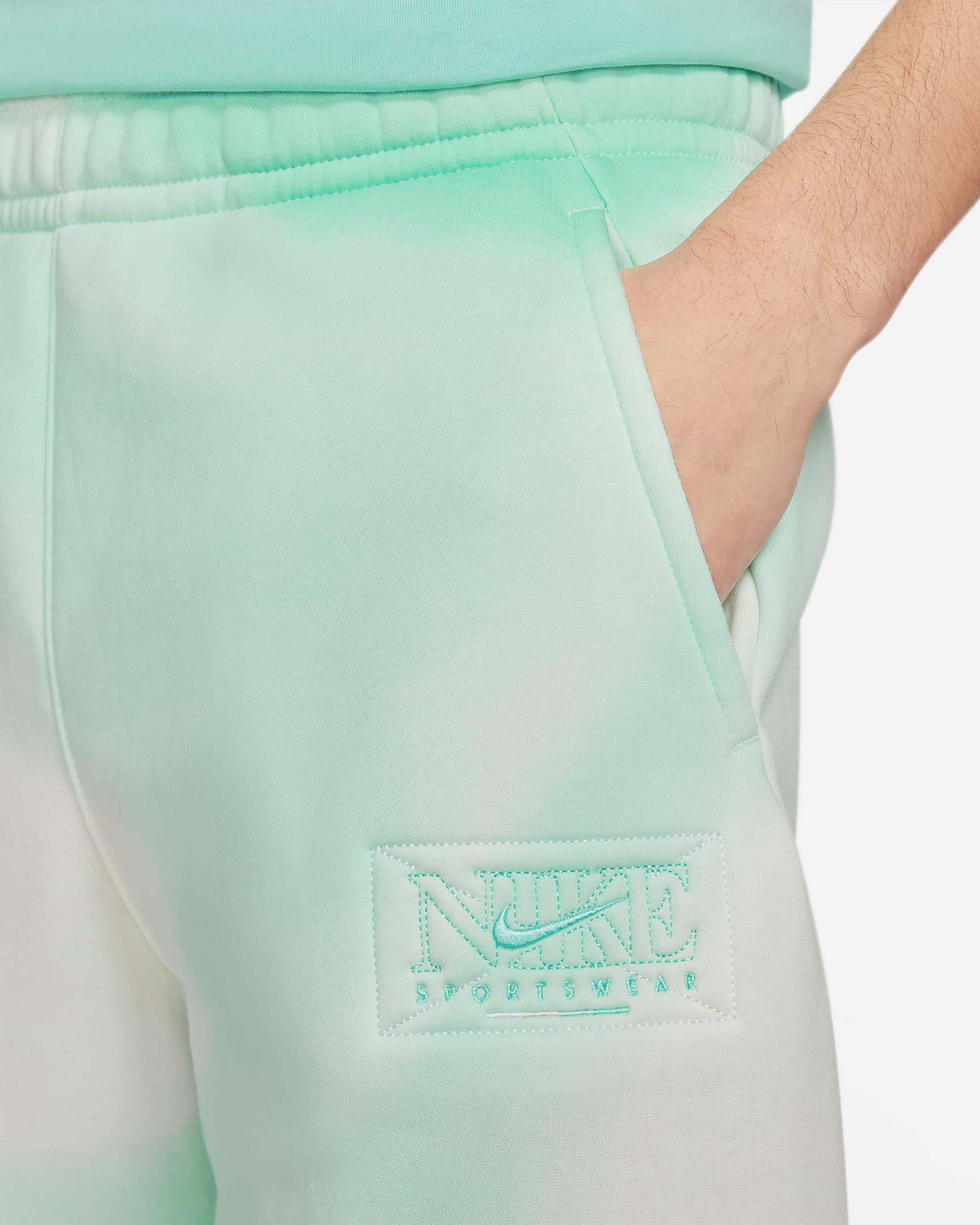 nike-sportswear-club-fleece-tropical-twist-printed-shorts-2