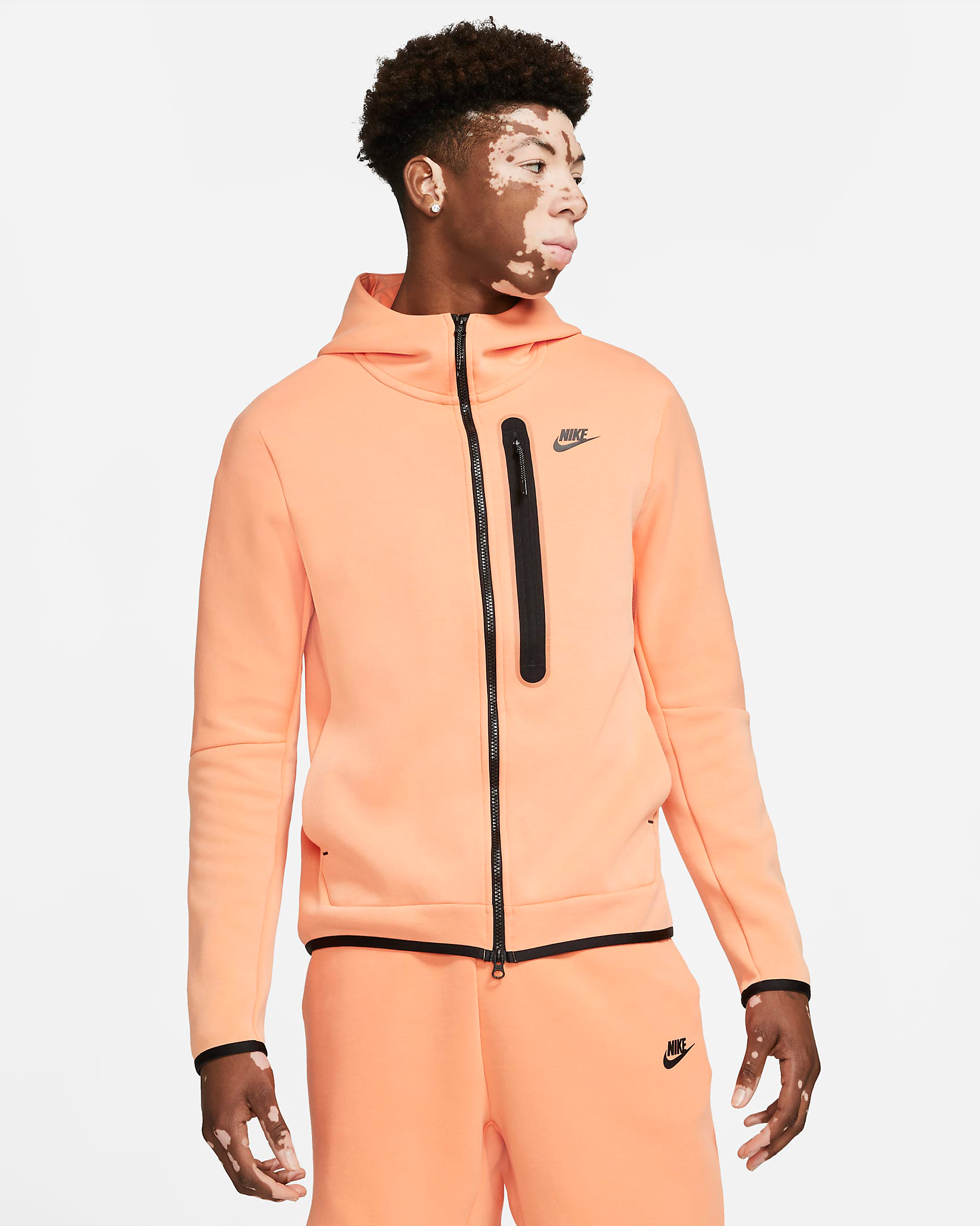 nike-tech-fleece-hoodie-orange-frost