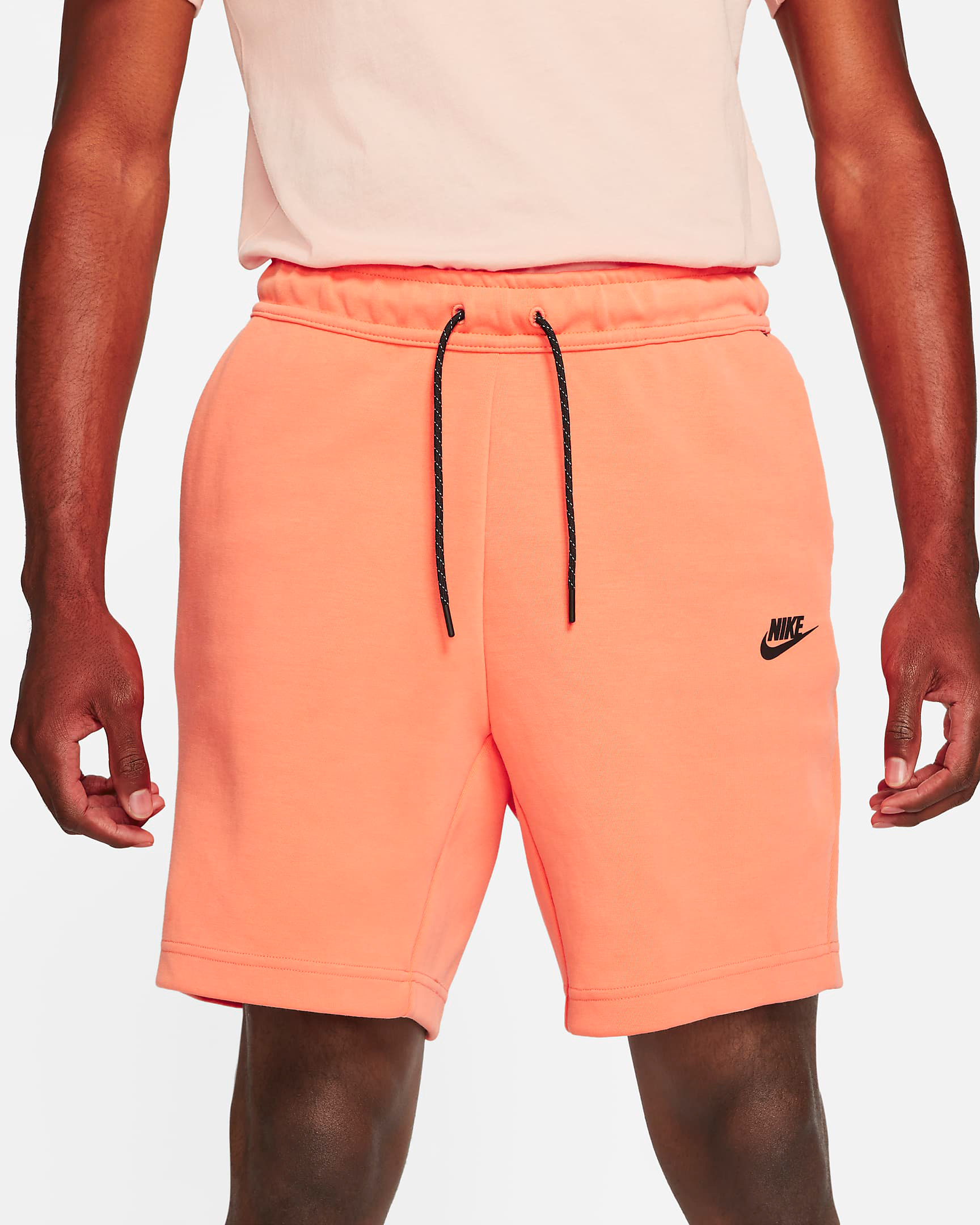 nike-tech-fleece-shorts-orange-frost-1