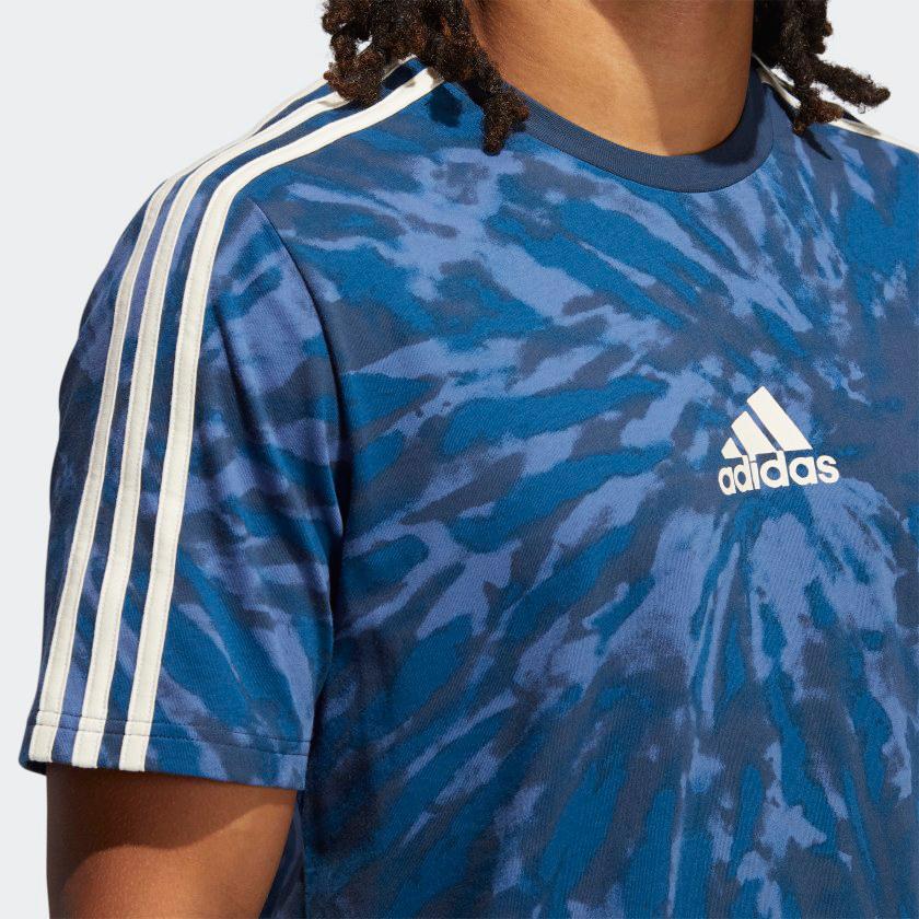 yeezy-700-kyanite-shirt-match-1