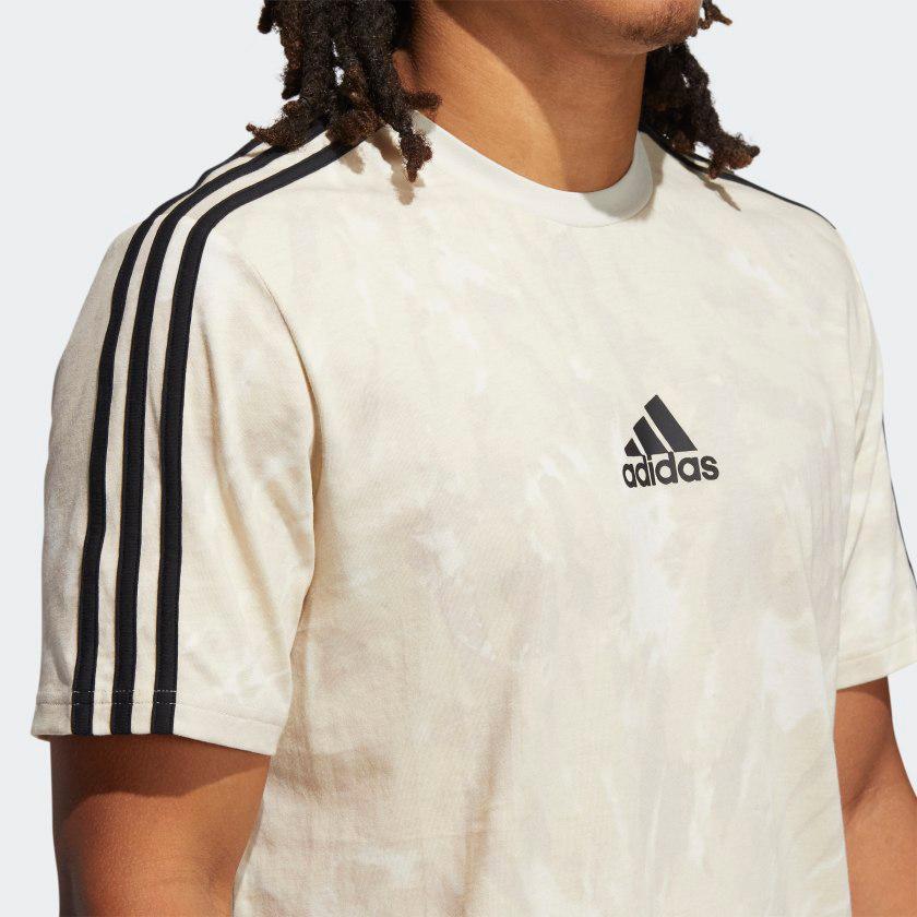 yeezy-700-kyanite-shirt-match-2