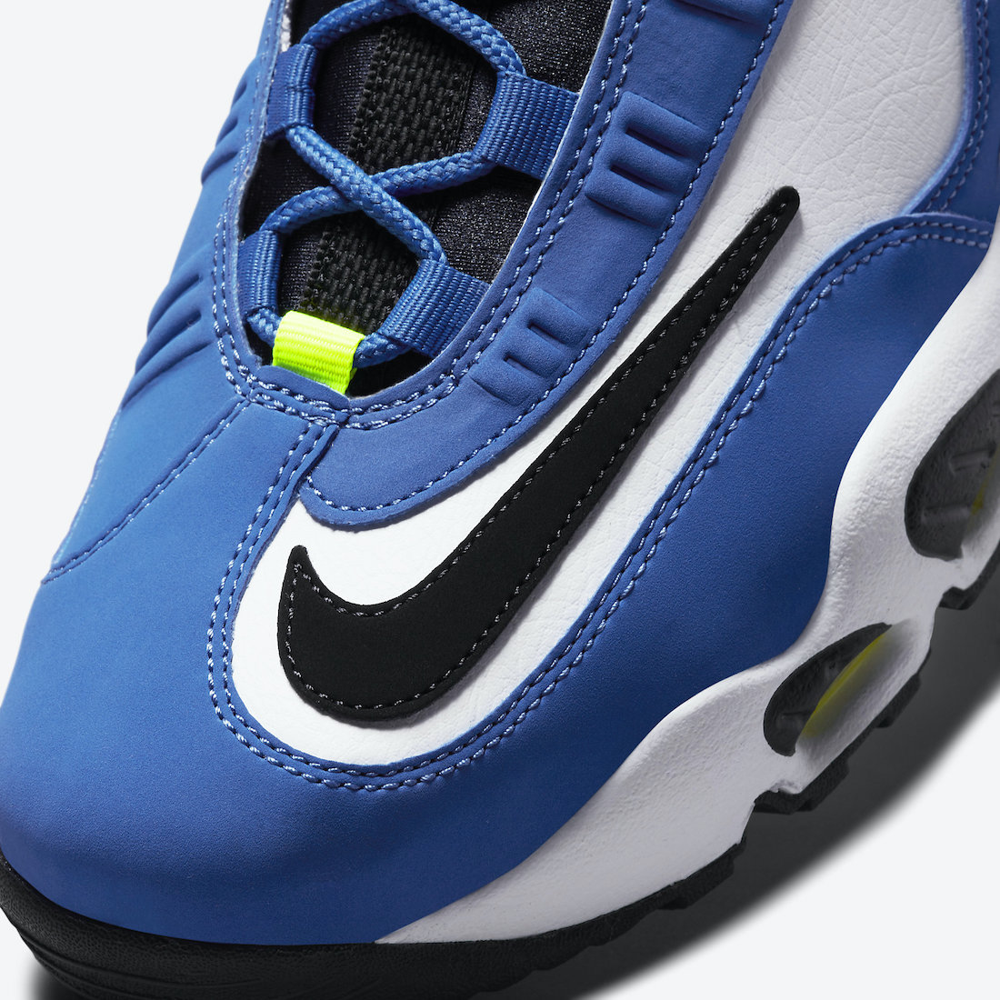 Nike-Air-Griffey-Max-1-Varsity-Royal-DJ5161-400-2021-Release-Date-6
