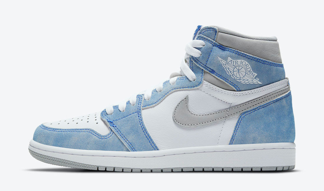 air-jordan-1-high-hyper-royal-sneaker-clothing-match