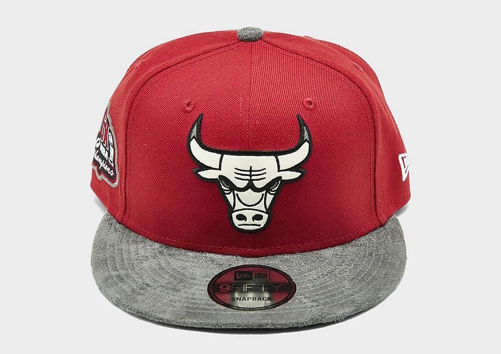 air-jordan-13-red-flint-bulls-hat-2