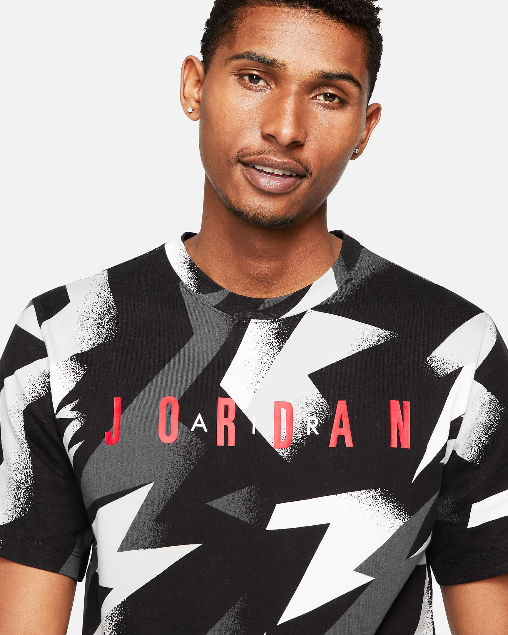 jordan-jumpman-air-printed-shirt-summer-2021-black-white-grey-red-1