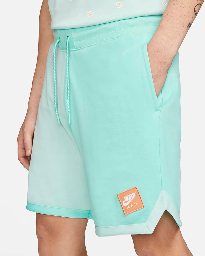 jordan-tropical-twist-jumpman-classics-fleece-shorts-2