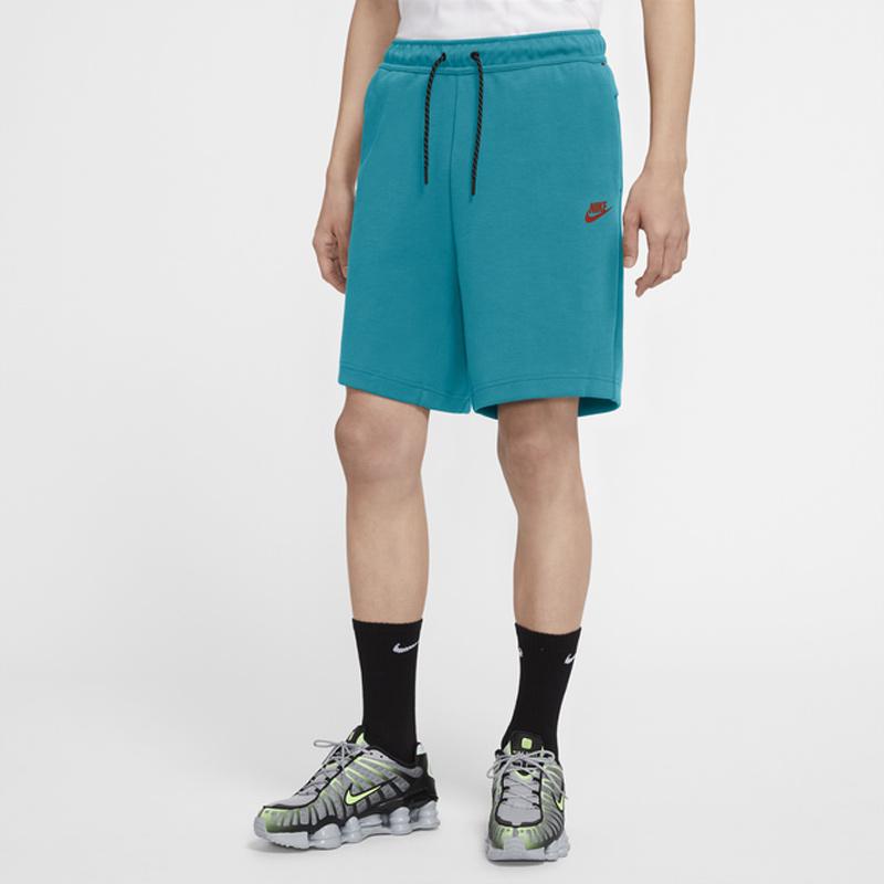 nike-color-thread-tech-fleece-aquamarine-shorts