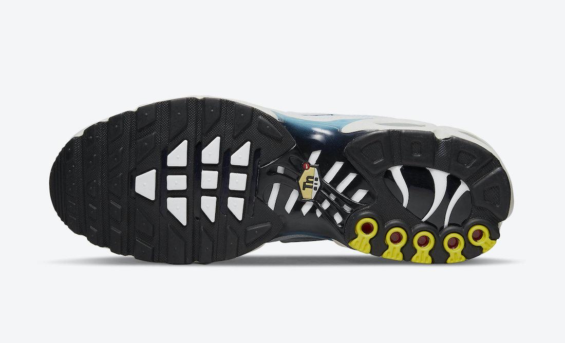 Nike-Air-Max-Plus-CZ1651-400-Release-Date-4