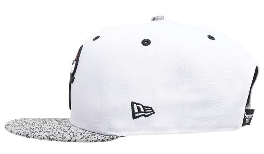 air-jordan-4-white-oreo-bulls-hat-5