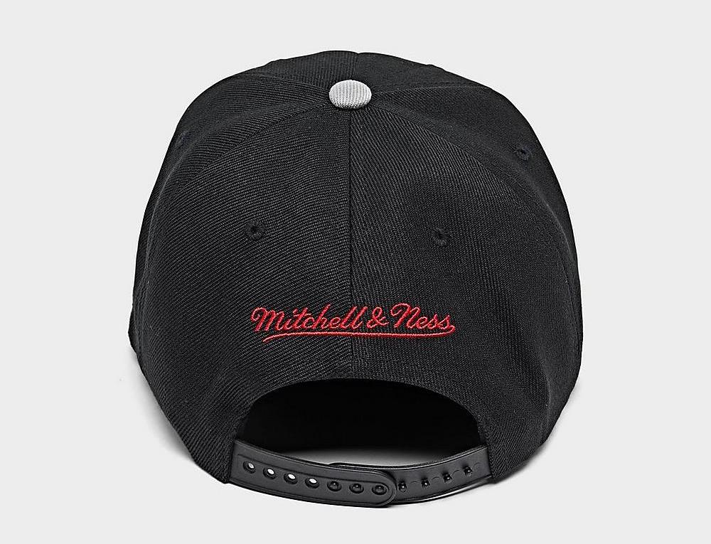 chicago-bulls-mitchell-ness-basic-snapback-hat-black-grey-4