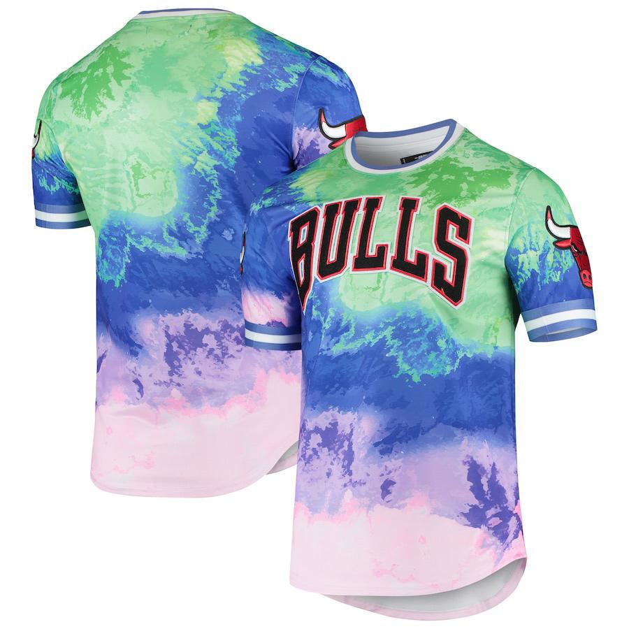 chicago-bulls-pro-standard-dip-dye-shirt