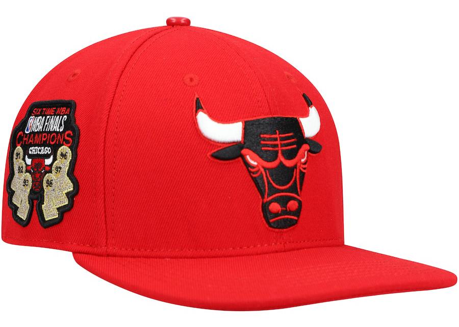 jordan-1-low-spades-bulls-hat-match-2