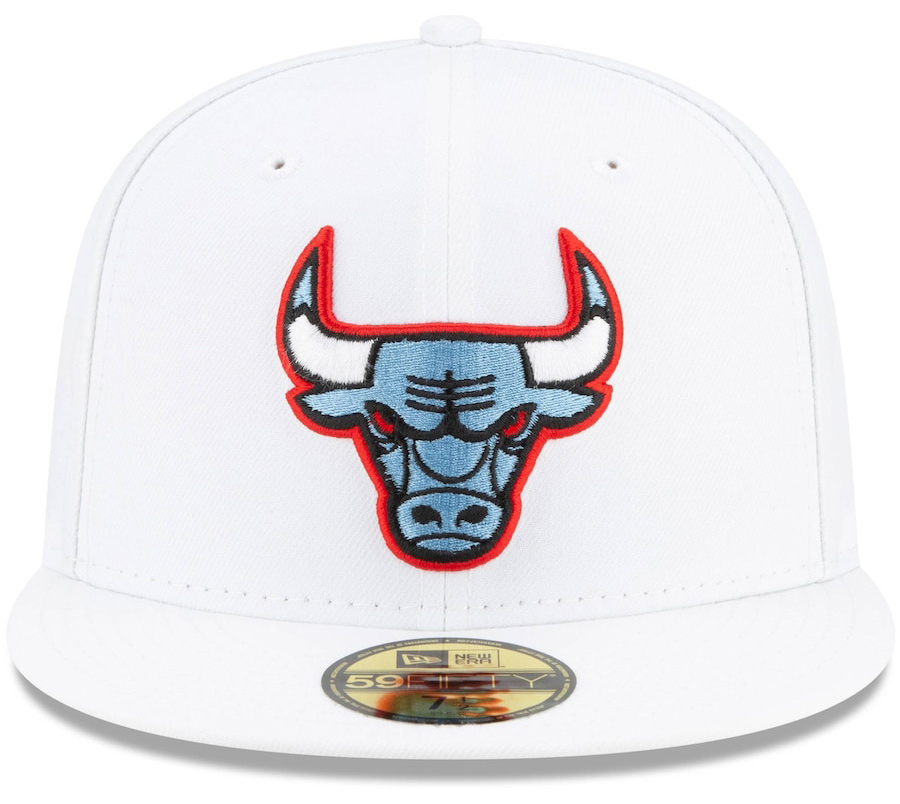 jordan-4-university-blue-bulls-fitted-hat-white-2