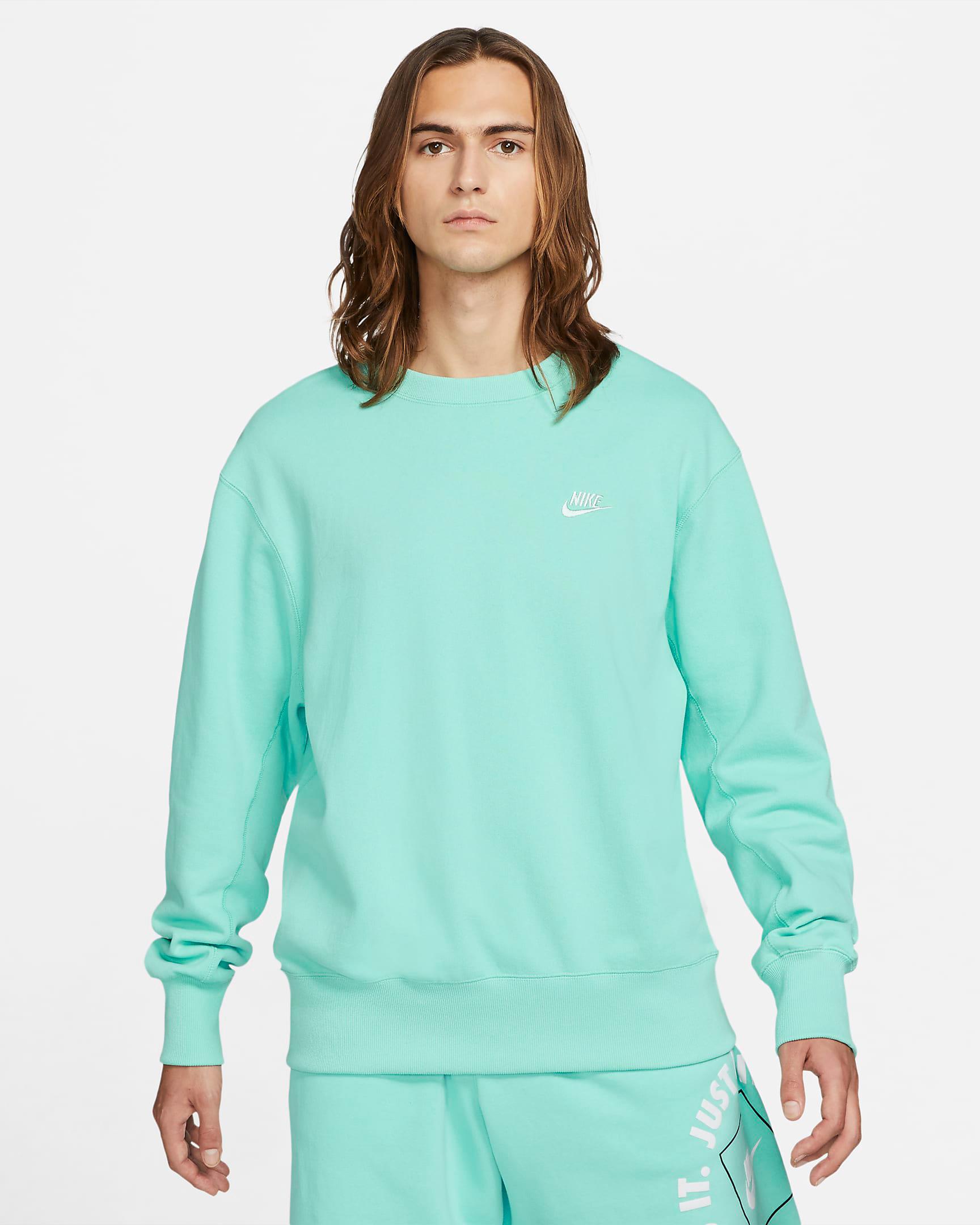nike-light-dew-classic-fleece-crew-sweatshirt