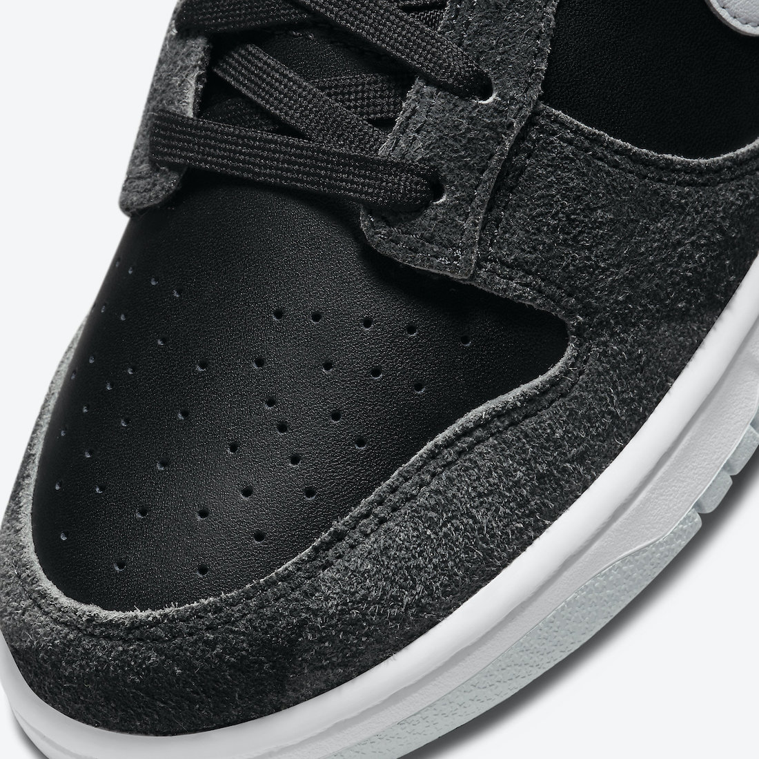 Nike-Dunk-Low-Animal-Black-DH7913-001-Release-Date-6