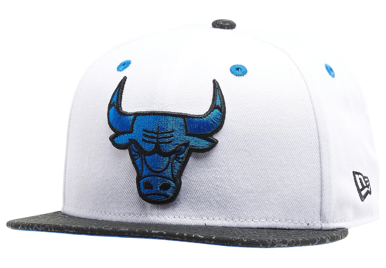 air-jordan-3-racer-blue-bulls-hat-1