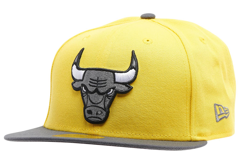 jordan-4-lightning-bulls-new-era-hat-1