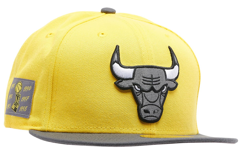 jordan-4-lightning-bulls-new-era-hat-3