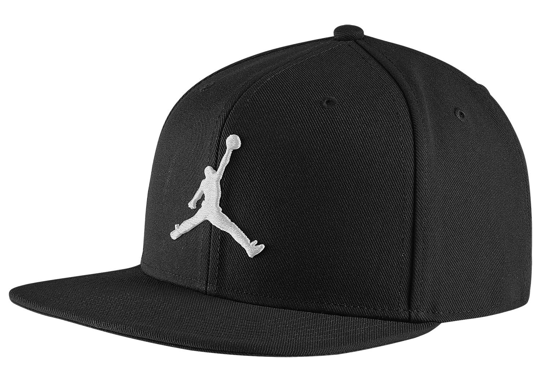 jordan-pro-jumpman-snapback-hat-black-white-1