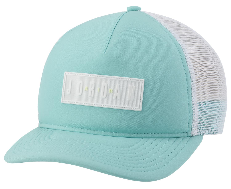 jordan-tropical-twist-trucker-hat-1