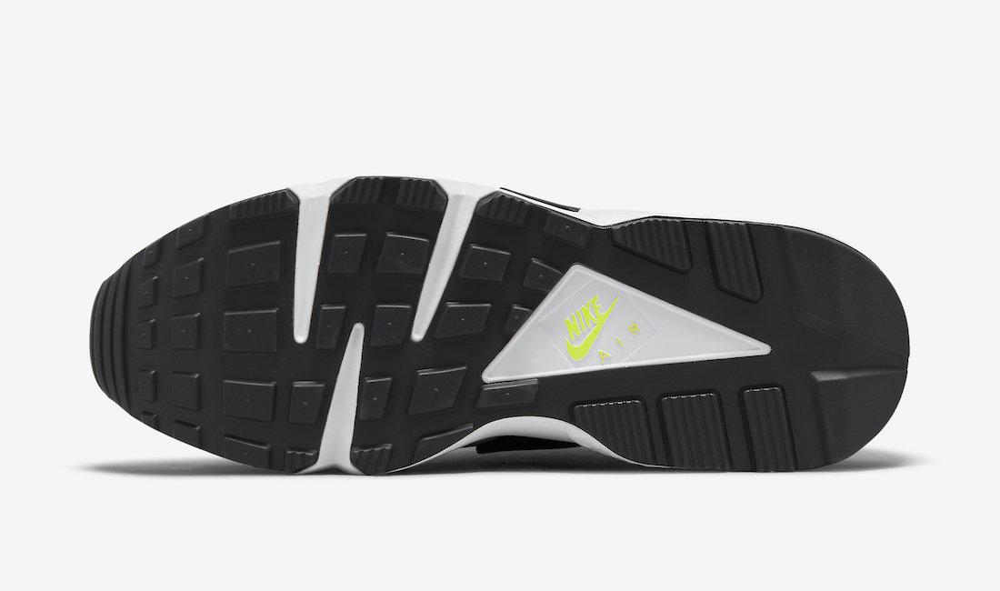 Nike-Air-Huarache-Magenta-Neon-Yellow-DD1068-104-Release-Date-1