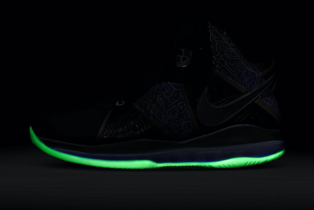 Nike-LeBron-8-Space-Jam-DB1732-001-Release-Date-8-1