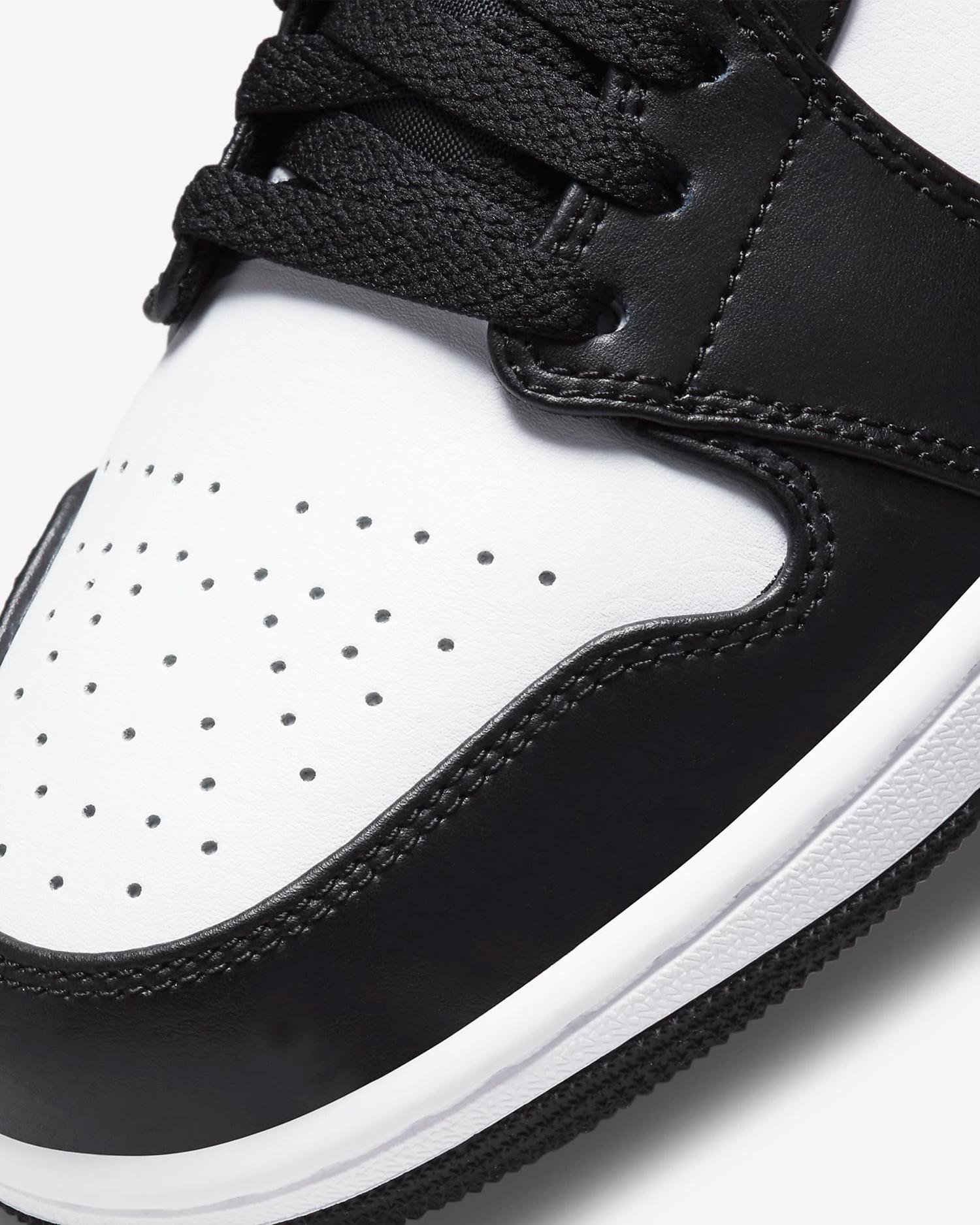 air-jordan-1-low-shadow-black-white-particle-grey-7