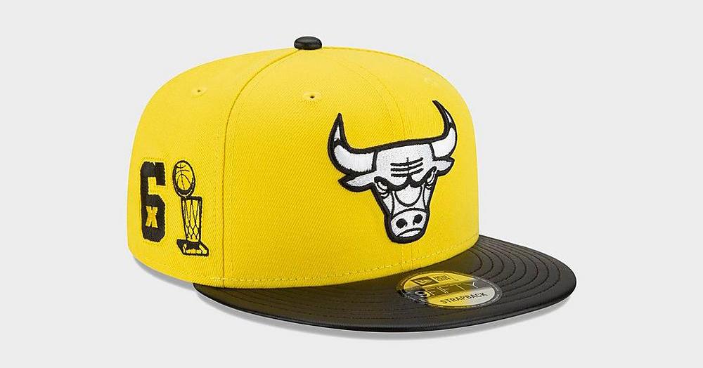 air-jordan-4-lightning-yellow-new-era-bulls-snapback-hat-1