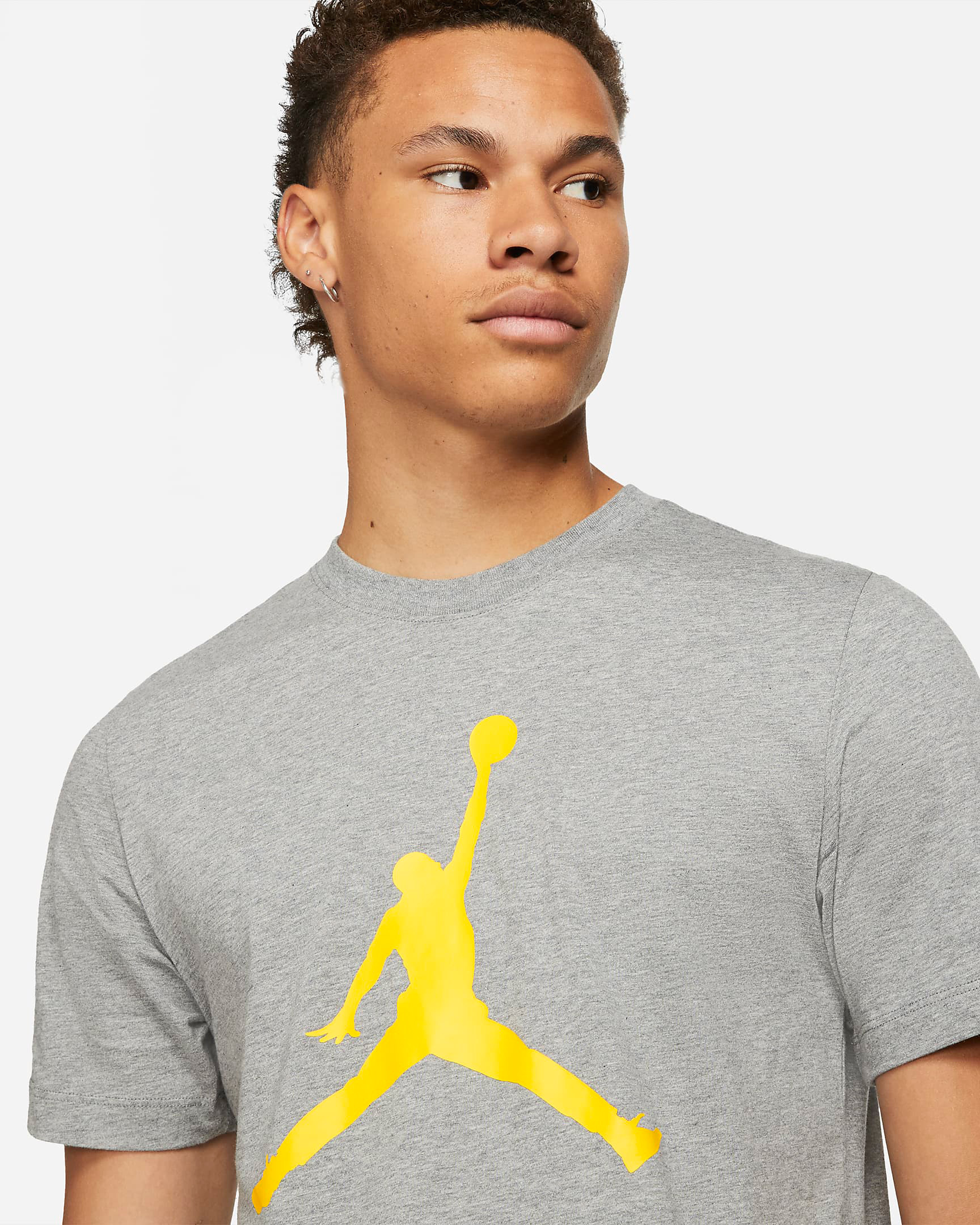 jordan-4-lightning-sneaker-tee-shirt