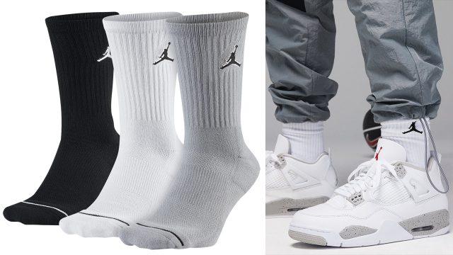 jordan-4-tech-grey-white-oreo-socks