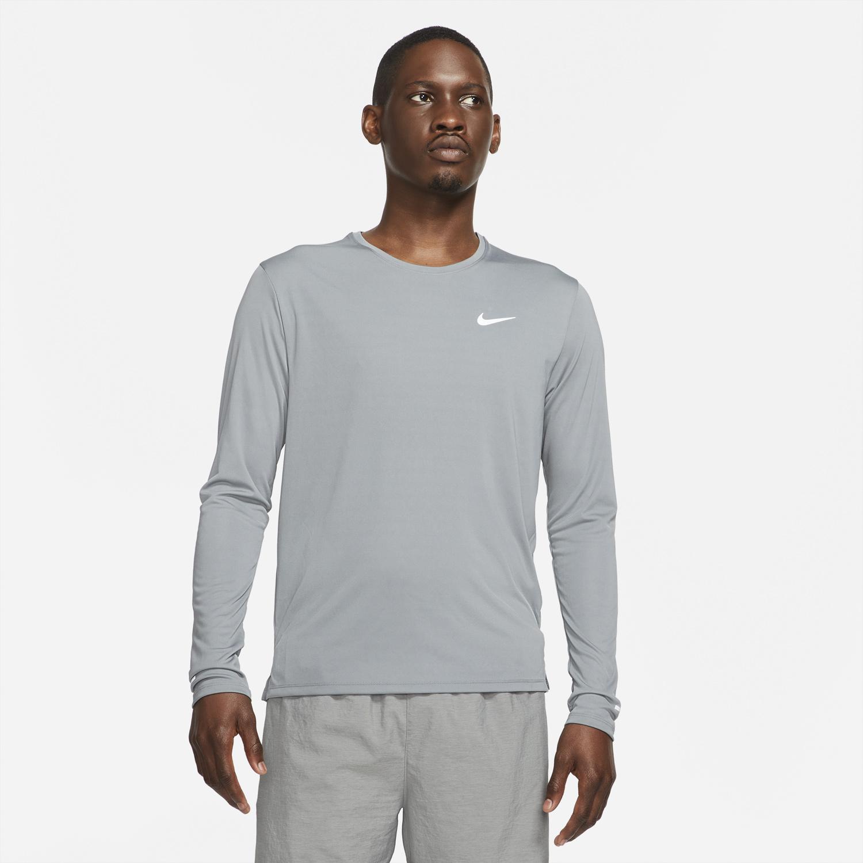 nike-air-tuned-max-smoke-grey-shirt-1
