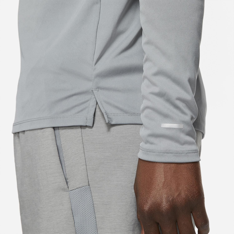 nike-air-tuned-max-smoke-grey-shirt-3