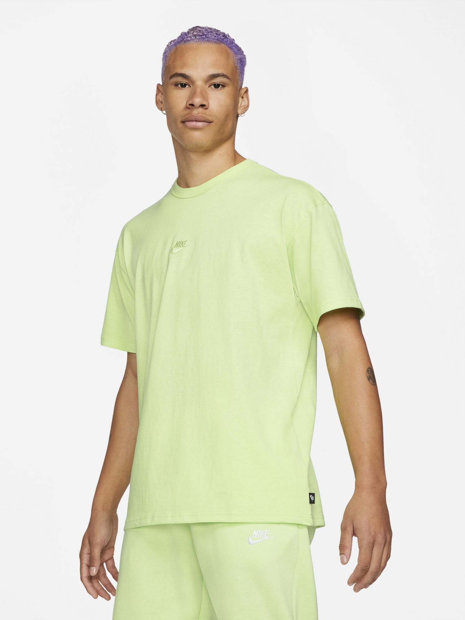 nike-sportswear-volt-premium-essentials-shirt-1
