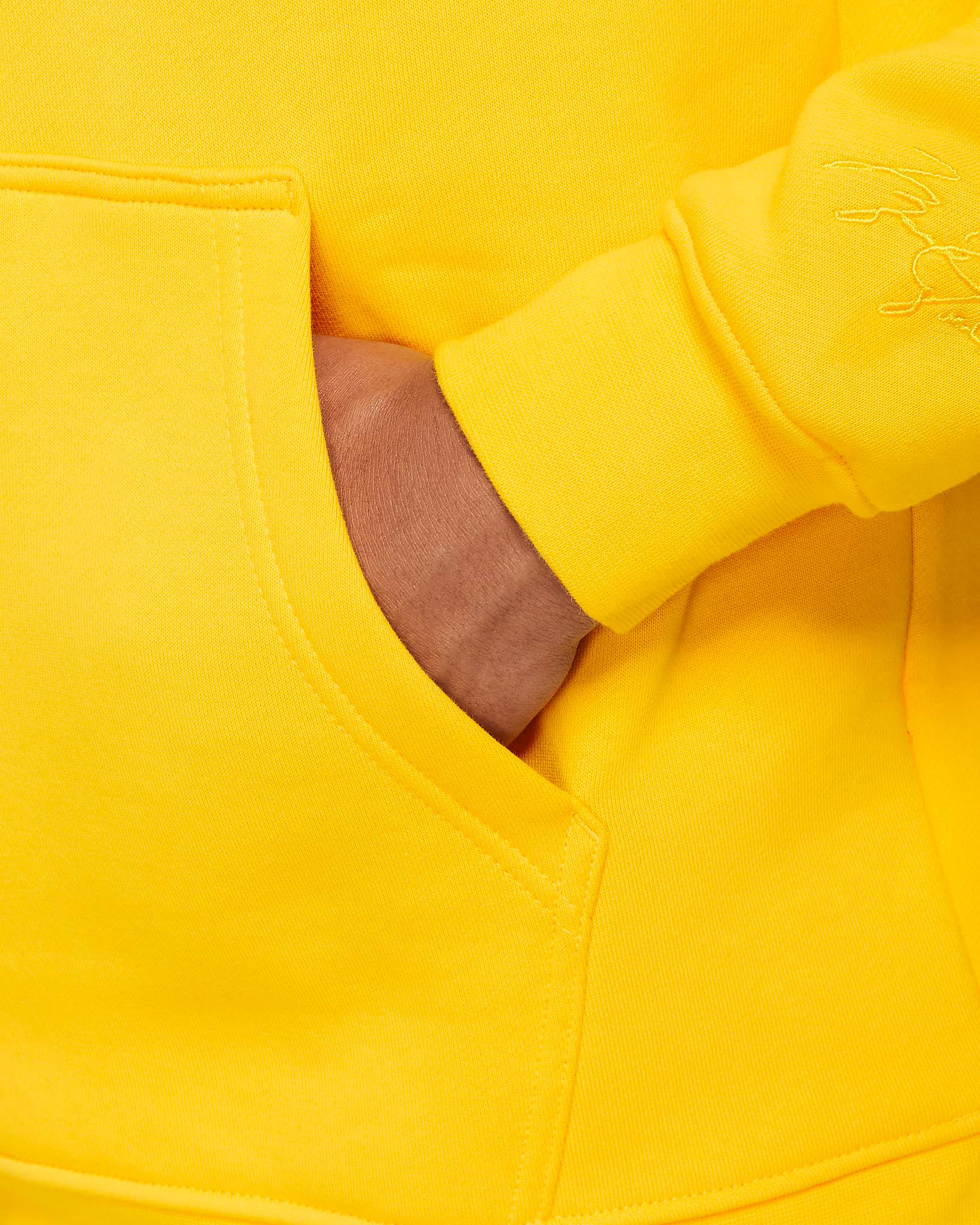 jordan-4-lightning-2021-tour-yellow-hoodie-4