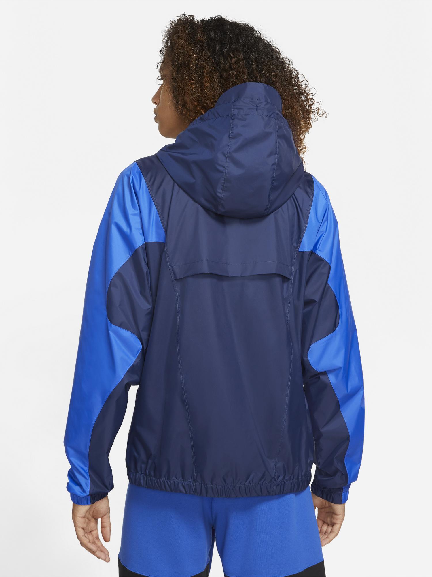 jordan-essential-woven-jacket-hyper-royal-midnight-navy-2