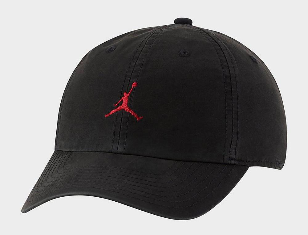 jordan-jumpman-heritage86-washed-strapback-hat-black-gym-red-1