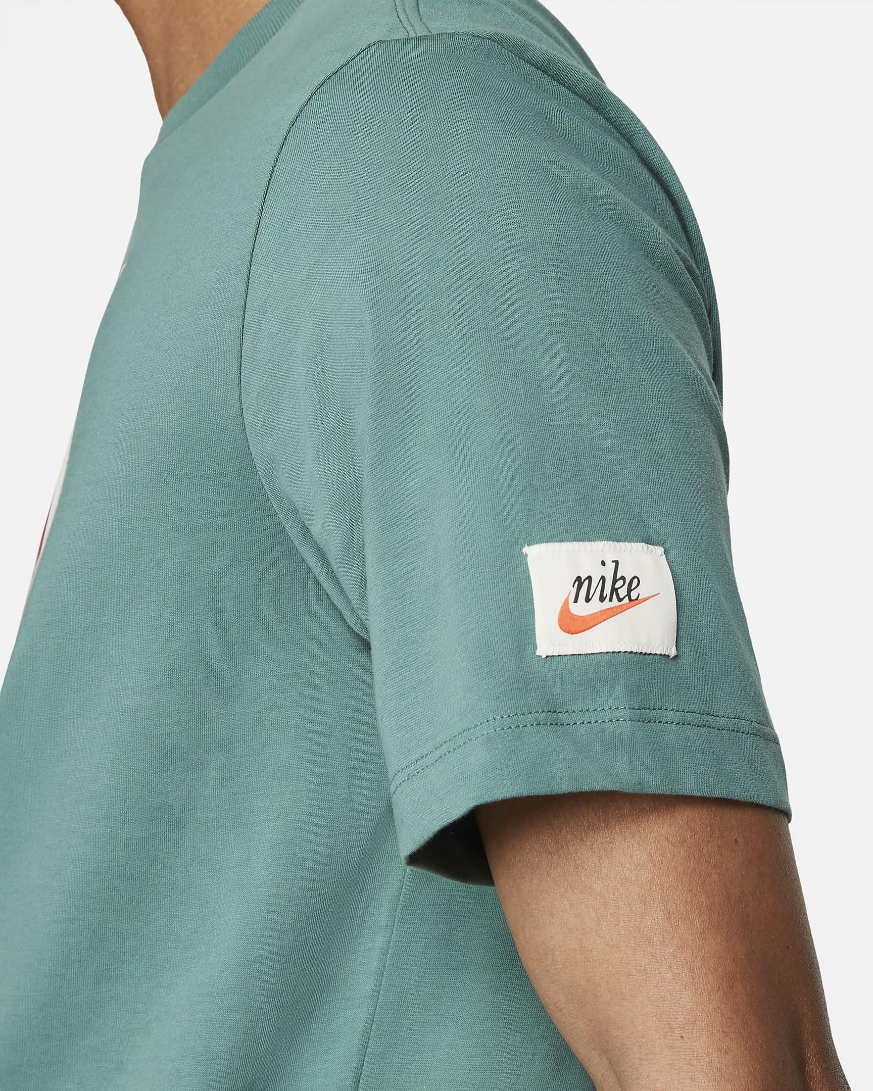 sportswear-mens-t-shirt-0B6KnQ-2.png