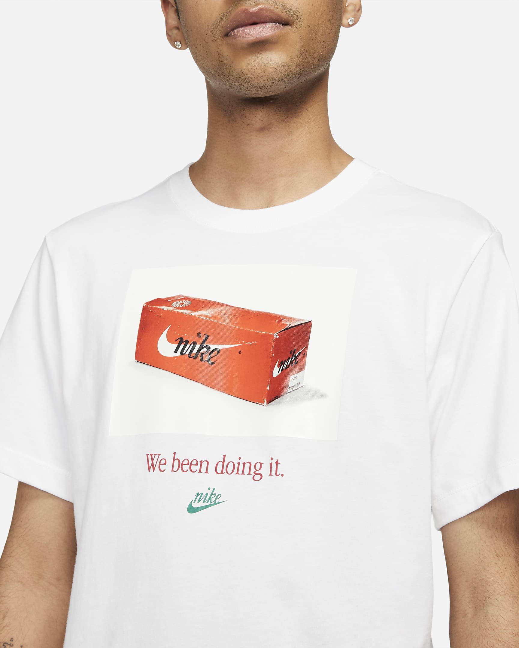 sportswear-mens-t-shirt-0B6KnQ-4.png