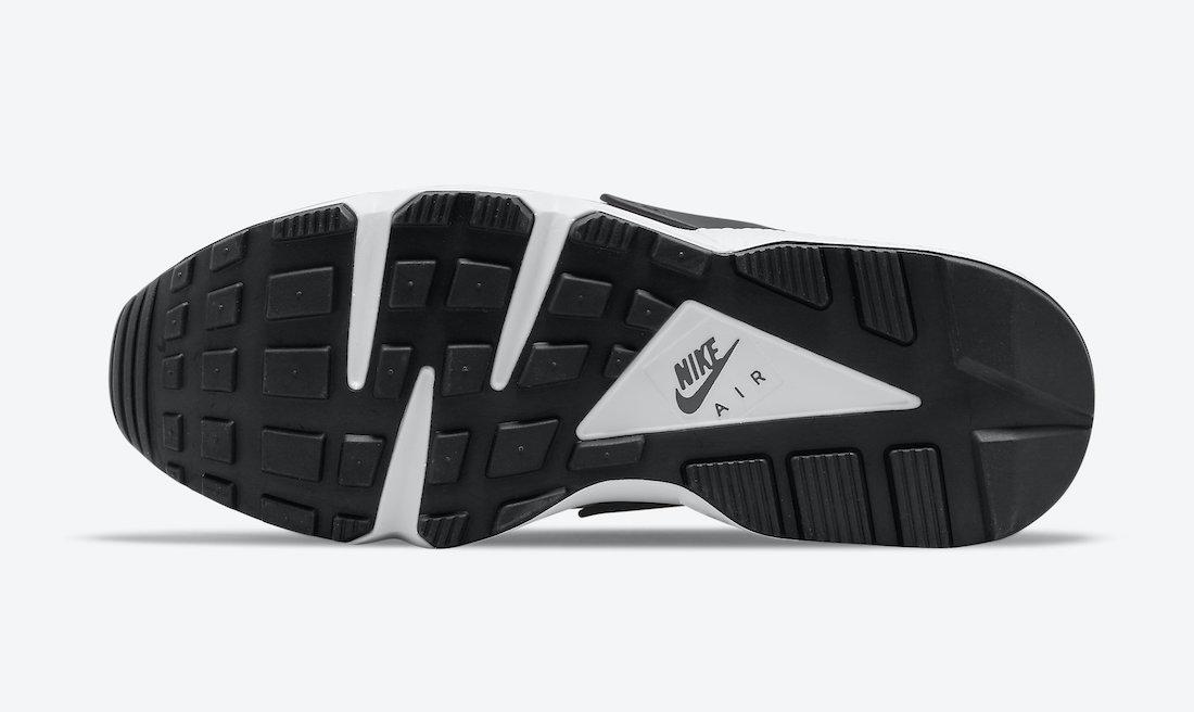 Nike-Air-Huarache-OG-Deep-Magenta-DD1068-103-Release-Date-1