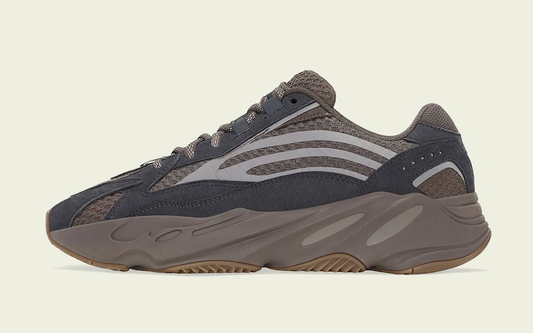 adidas-Yeezy-Boost-700-V2-Mauve-GZ0724-Release-Date-1