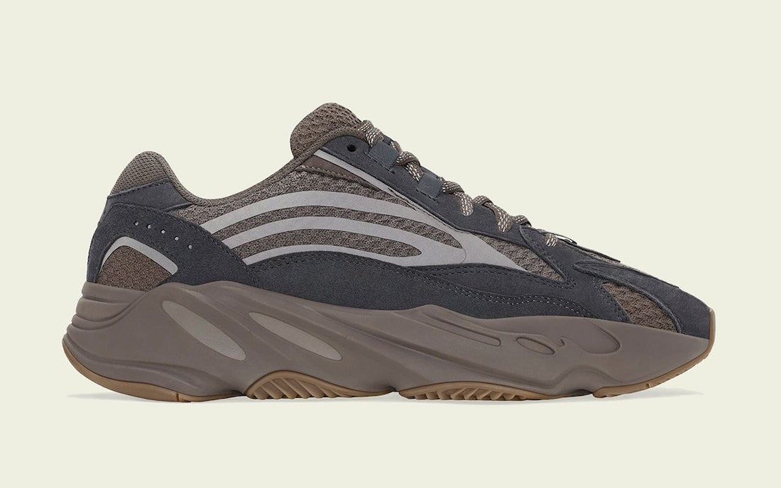 adidas-Yeezy-Boost-700-V2-Mauve-GZ0724-Release-Date
