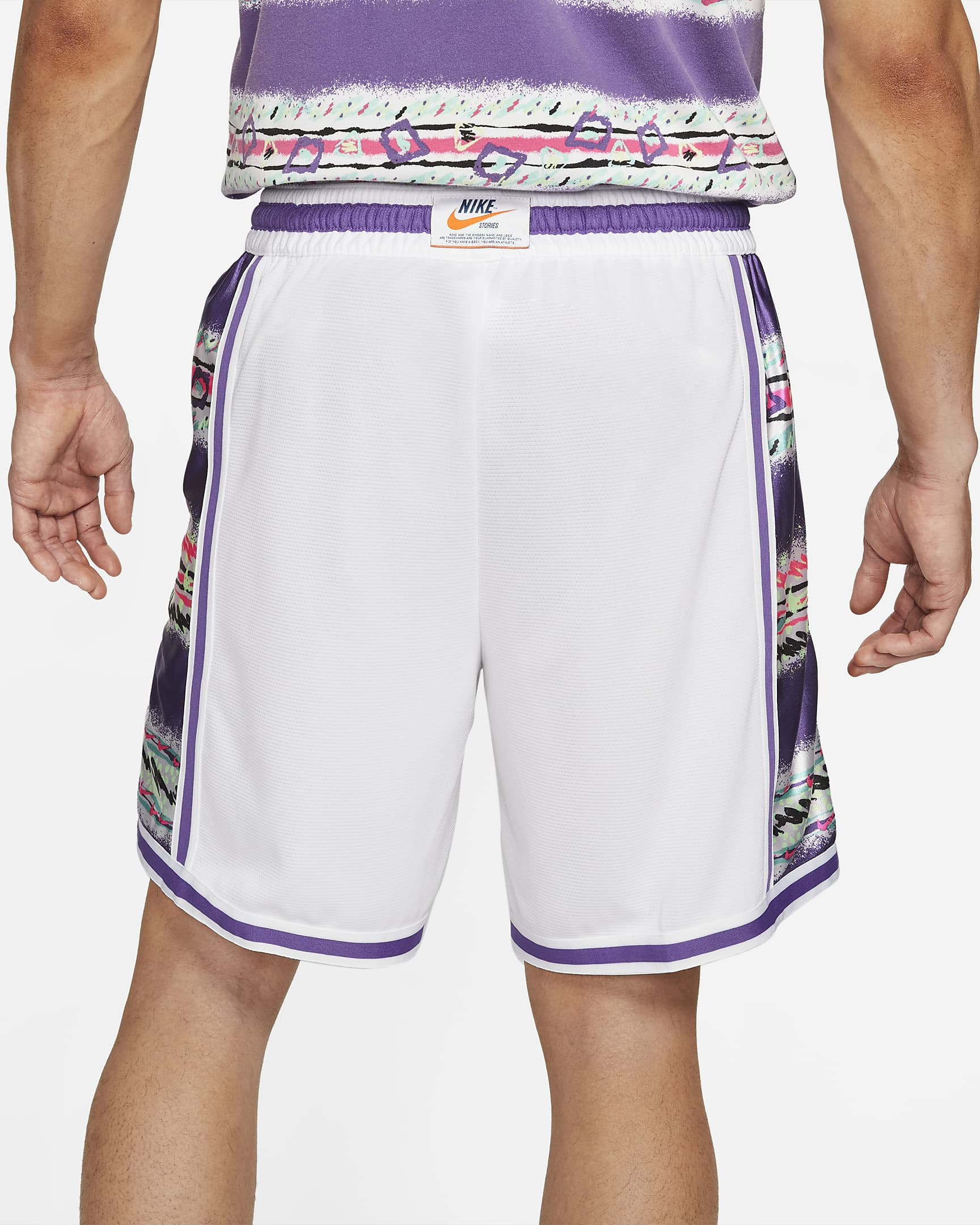 nike-dri-fit-dna-stories-mens-basketball-shorts-gLqWHW-7.png