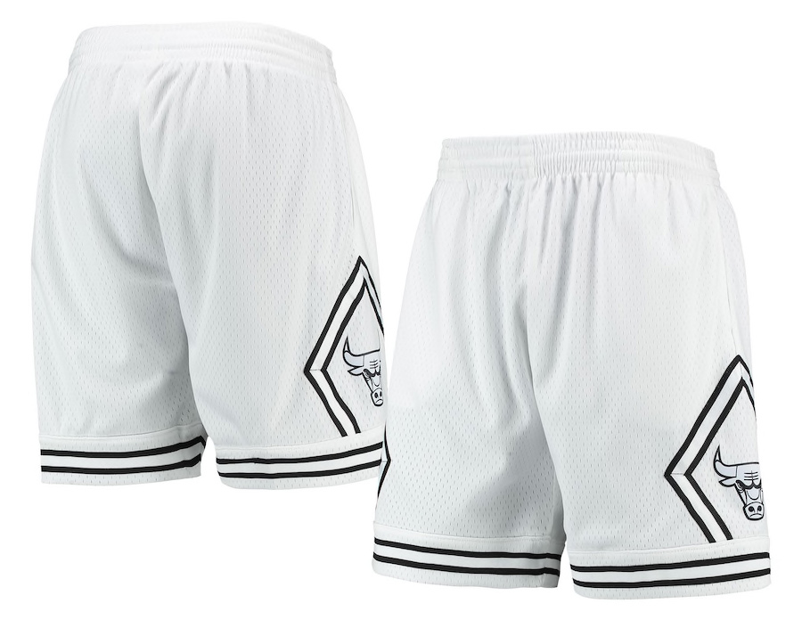jordan-5-oreo-chicago-bulls-shorts-white-black