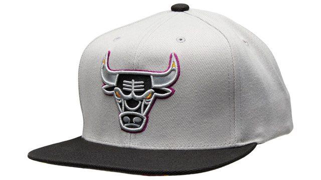 jordan-6-bordeaux-bulls-snapback-cap-mitchell-and-ness