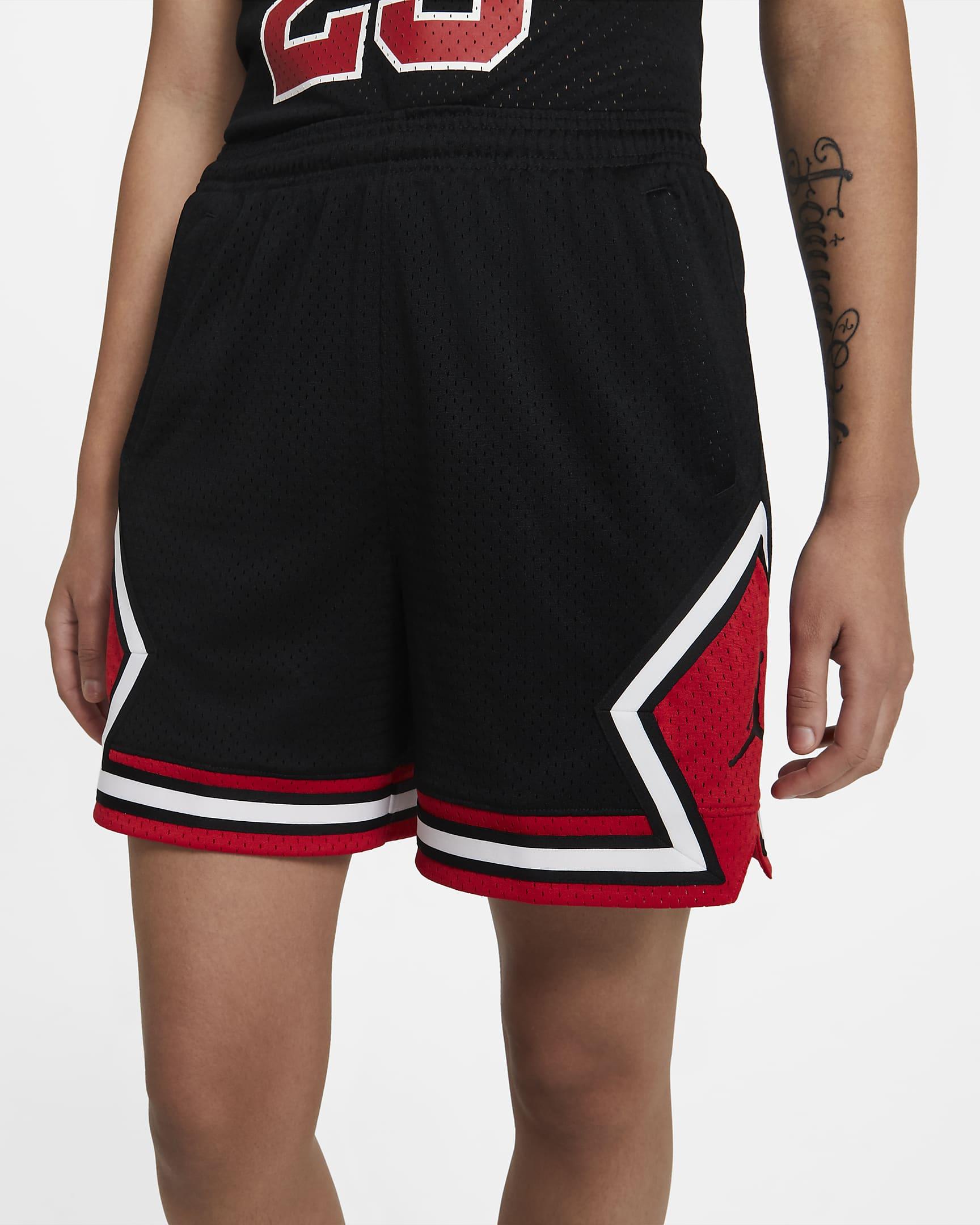 jordan-essentials-womens-diamond-shorts-xmWGct.png