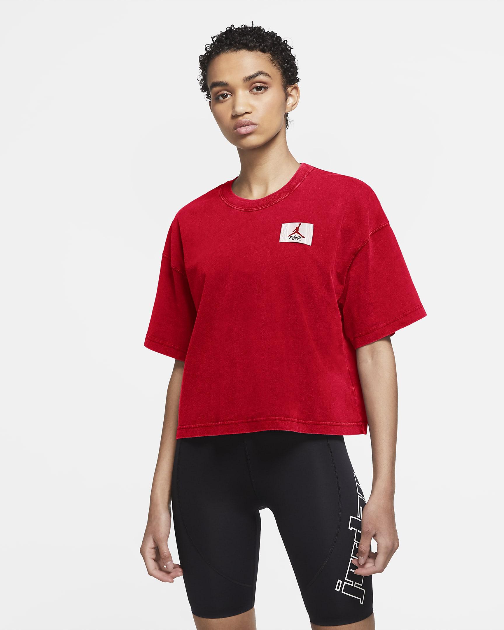 jordan-essentials-womens-short-sleeve-boxy-t-shirt-9xLPQl.png