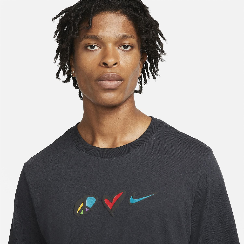 nike-peace-love-swoosh-long-sleeve-shirt-3