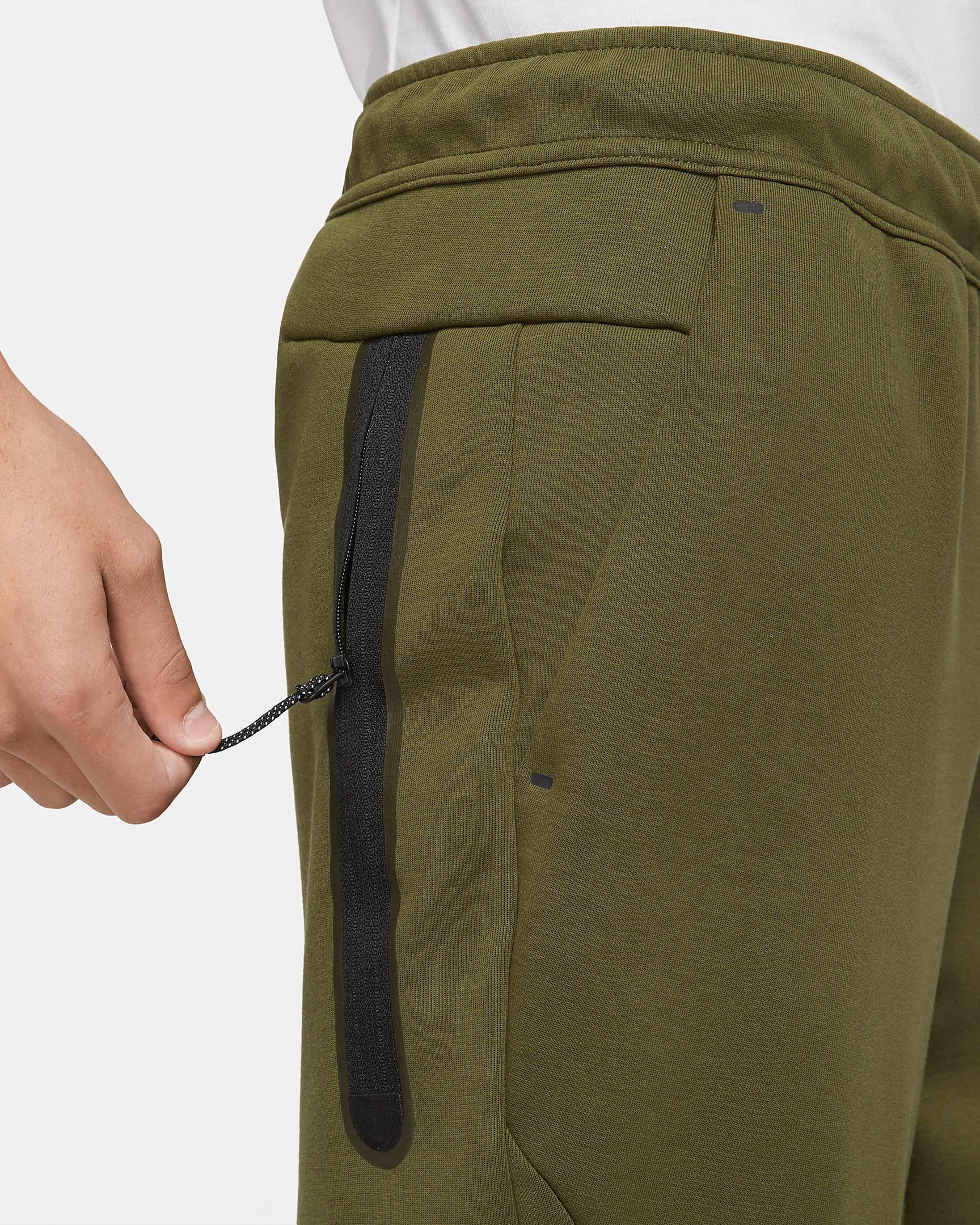 nike-rough-green-tech-fleece-joggers-pants-3